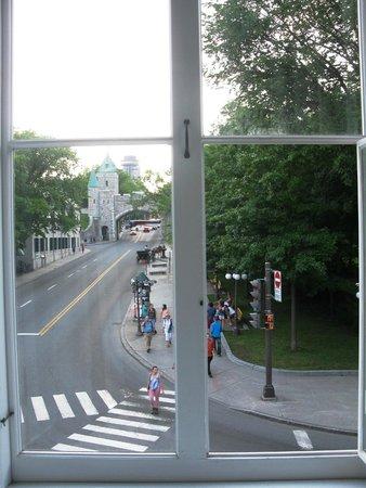 Manoir de L'Esplanade : 3 grandes fenêtres
