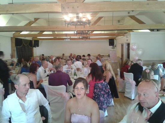 Newtown House Hotel: On the big day! we had 10 tables and still plenty of room!