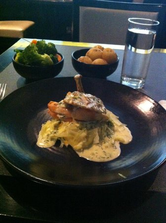 Maryborough Hotel & Spa : Beautiful chicken main