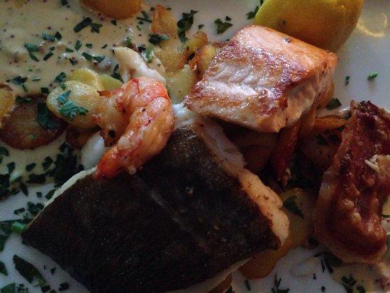 Borwin Hafenrestaurant : Pannfisch