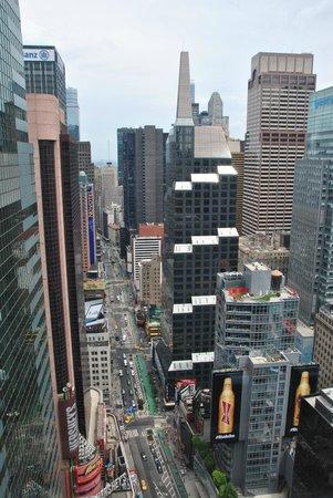 W New York - Times Square : vue sur NY depuis la chambre