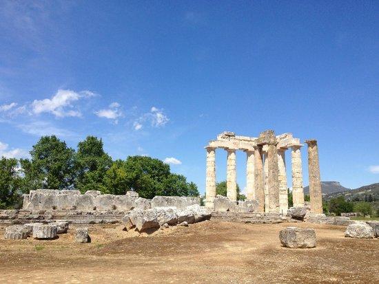 Némée Avril 2014 - Picture of Ancient Nemea, Nemea ...