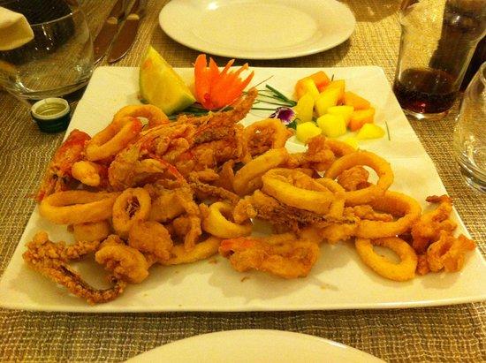 Ristorante Syrah: Frittura di calamari e gamberi