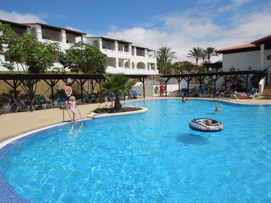 TUI MAGIC LIFE Fuerteventura: The pool by Mungo (Kids 3-6) club!