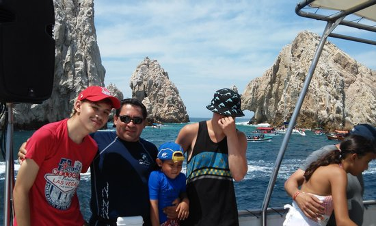 Cabo Escape: By the arch