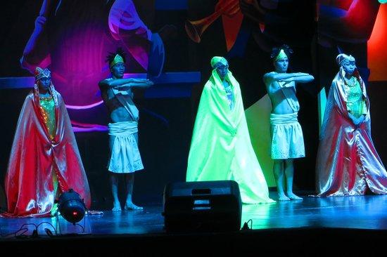 Decameron Barú: Show diferente todas las noches