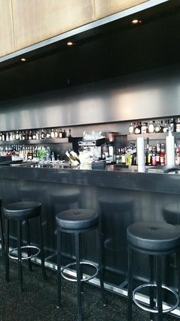 aussicht picture of skyline bar 20up hamburg tripadvisor. Black Bedroom Furniture Sets. Home Design Ideas