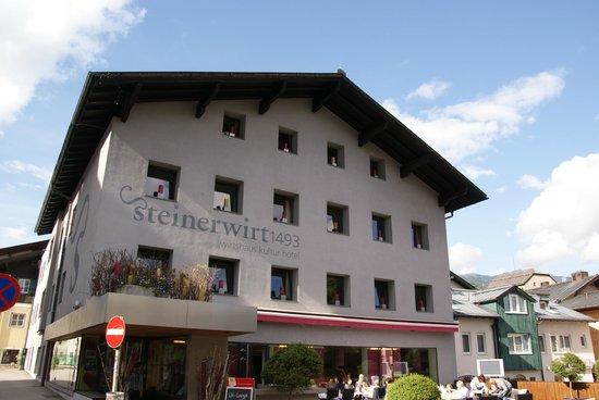 Boutique Hotel Steinerwirt 1493: Hotel exterior.