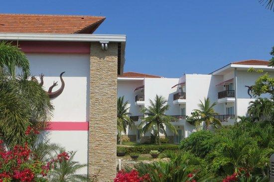 Royal Decameron Barú: Vista de las edificaciones