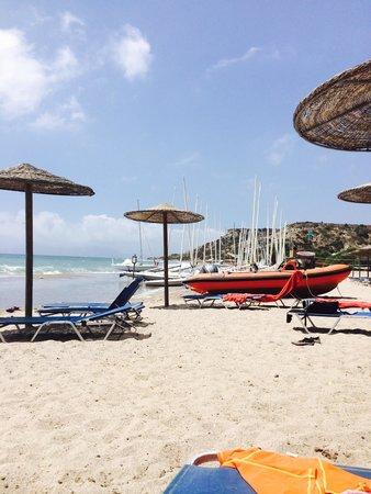 Lakitira Resort & Village: Beach, lots if kit!