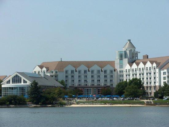 Hyatt Regency Chesapeake Bay Golf Resort, Spa & Marina: Back of hotel