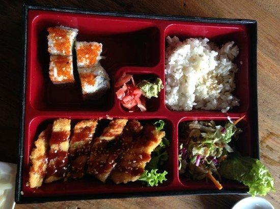 TORO Sushi: Bento box