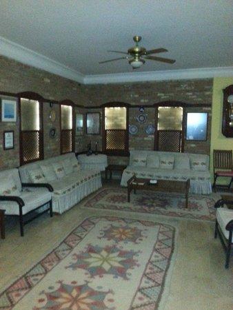 Villa Konak Hotel Kusadasi: Área da recepção