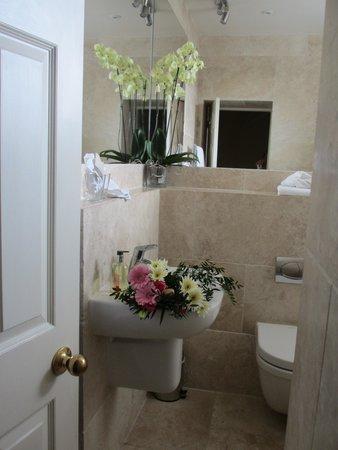 Paradise House : Our Bathroom