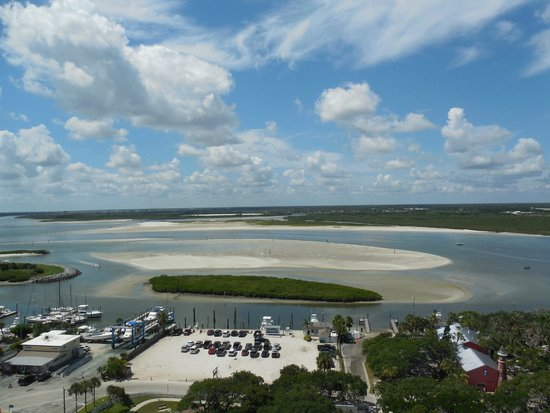 Ponce de Leon Inlet Lighthouse & Museum: A beautiful view from the top!!