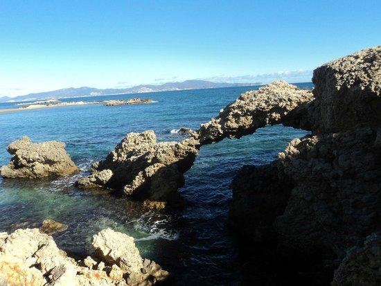 Ruinas de Empuries: el Mediterraneo COSTA BRAVA.