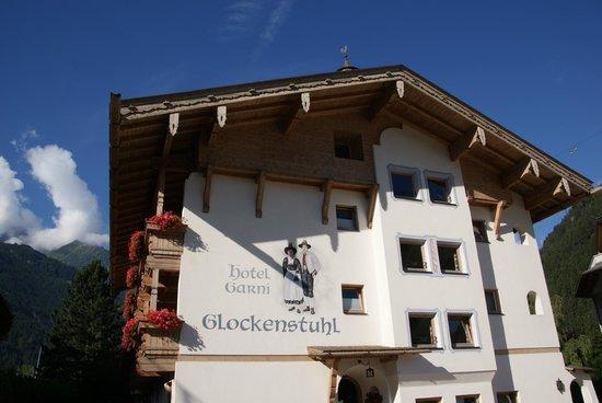 Hotel Garni Glockenstuhl: Hotel exterior.