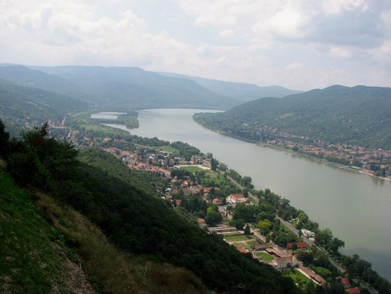 Rinett Guide Tours : Bautiful view of the Danube