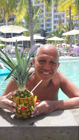 Secrets Vallarta Bay Resort & Spa: In the pool with a drink in a pineapple!