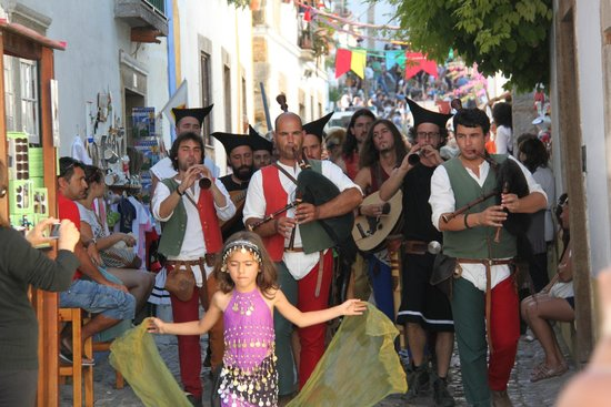 Grande Mercado Medieval de Obidos: Obidos Medieval Festival
