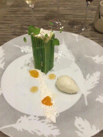 Le Jardin des Plumes: Restaurant, tarte au citron revisitée