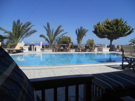 Koronios Villa: piscina