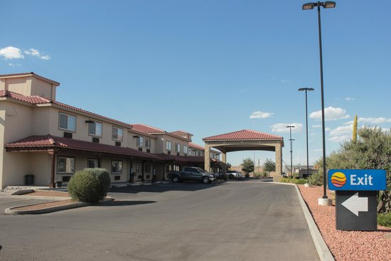 Photo of Comfort Inn & Suites Las Cruces