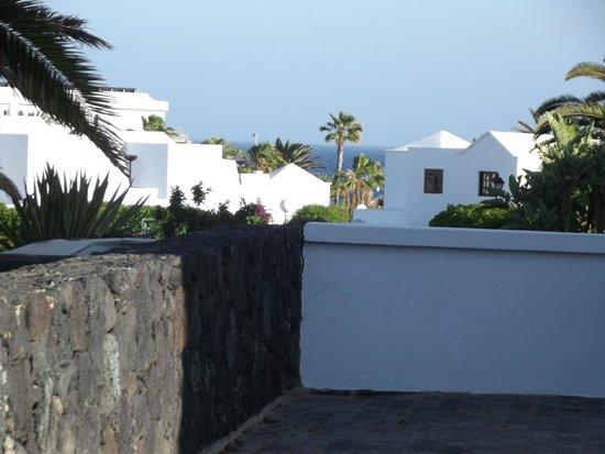 Ole Olivina Lanzarote: la plage vue de l'hotel