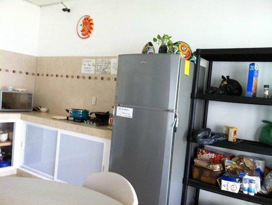 Grand Hostal Playa: Cocina siempre limpia y arreglada.