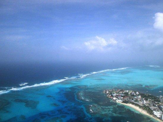 El Viajero San Andres Hostel & Suites: Vista aerea