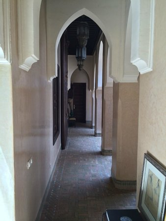 Riad Kniza : hallway