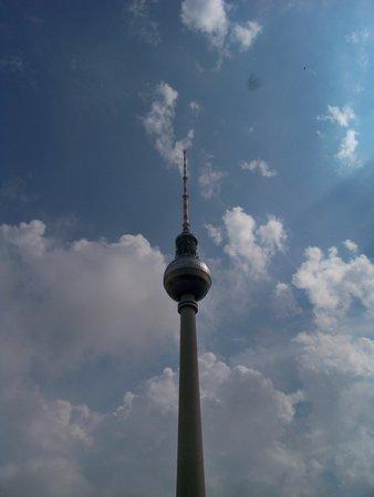 easyHotel Berlin Hackescher Markt: right down the block