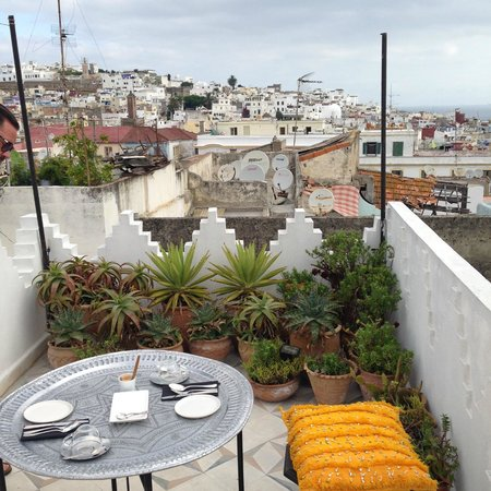 Dar 23: roof terrace view