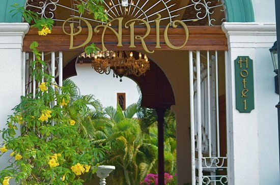 Hotel Dario: Puerta Principal