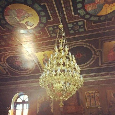 Kipoureon Monastery : Stunning interior