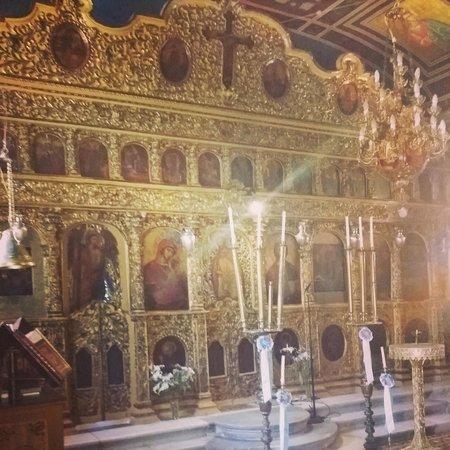Kipoureon Monastery : Beautiful chapel