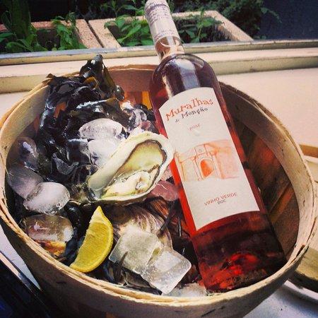 Vinoteek Tigu: Oysters