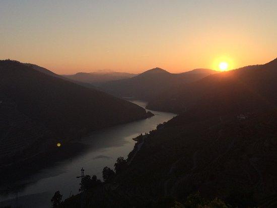 Quinta de Santo Antonio : Sunrise !