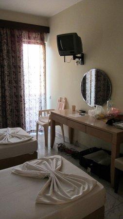 City Center Hotel : room 401