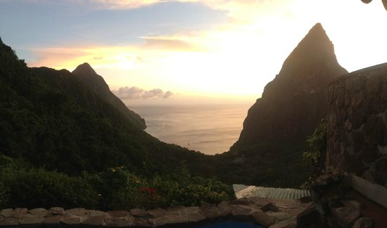 Ladera Resort: View of sunset from our room X1 Hilltop Dream Suite