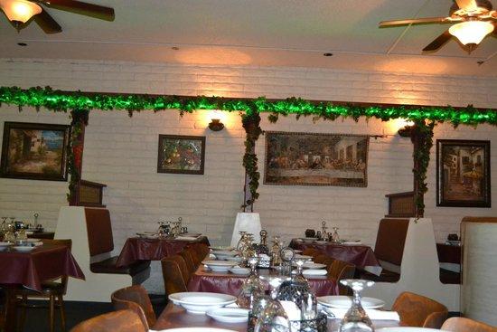 Mario's Italian Restaurant Dining Room