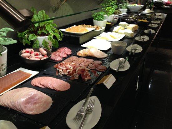Le Meridien München: Breakfast buffet