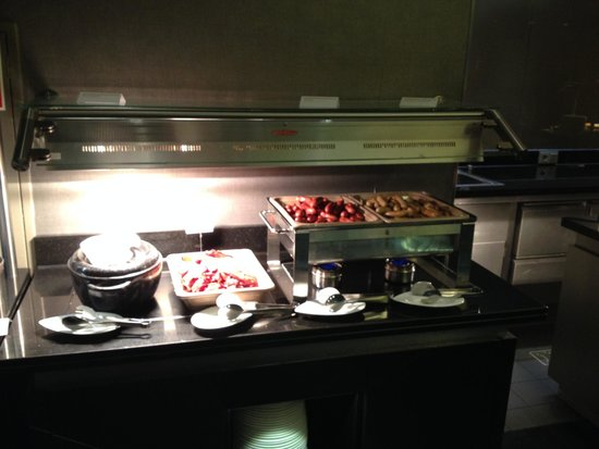 Le Meridien Munich: Breakfast buffet