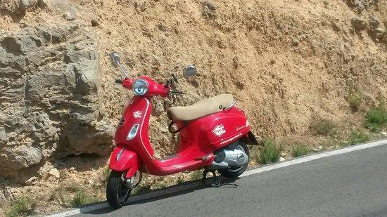 Vespa-Rent: Op de Vespa naar Montaneos, warmwater bronnen, 95 km vanaf Valencia. Geen probleem hoor!!