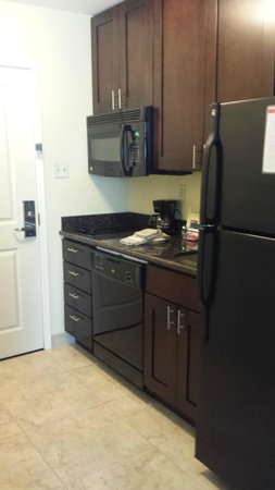 TownePlace Suites Corpus Christi: Kitchenette