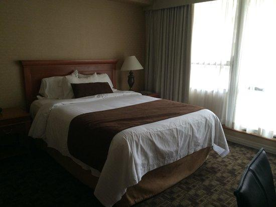 Chelsea Hotel, Toronto: Queen room