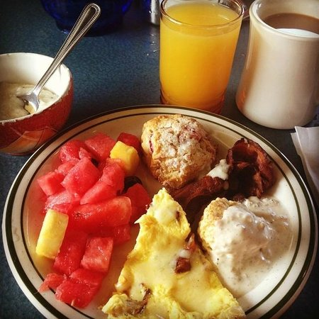 Laura & Tony's Kitchen: Meat frittata (visible meat), more biscuit and gravy, delicious homemade scones, side of grits