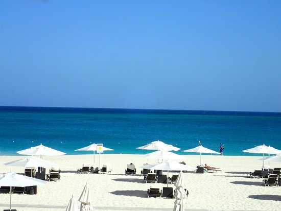 Bucuti & Tara Beach Resort Aruba: view of beach