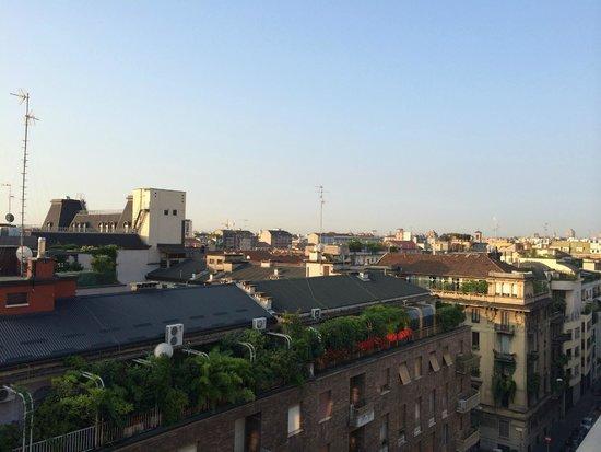Starhotels E.c.ho.: Вид с балкона на крыше