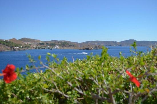 Le Balcon: une des vues de notre terrasse